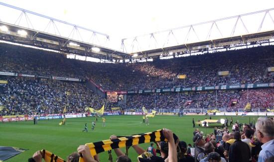 Im Westfalenstadion kurz vor Anpfiff des Spiels gegen die Bayern